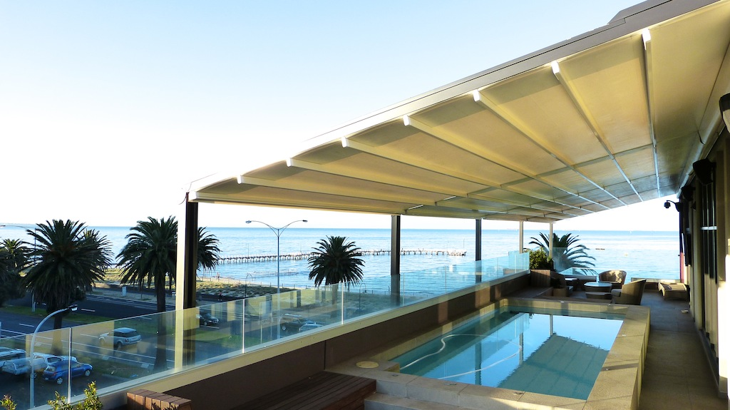 Installing A Retractable Roof System – Information For First-Time Buyers