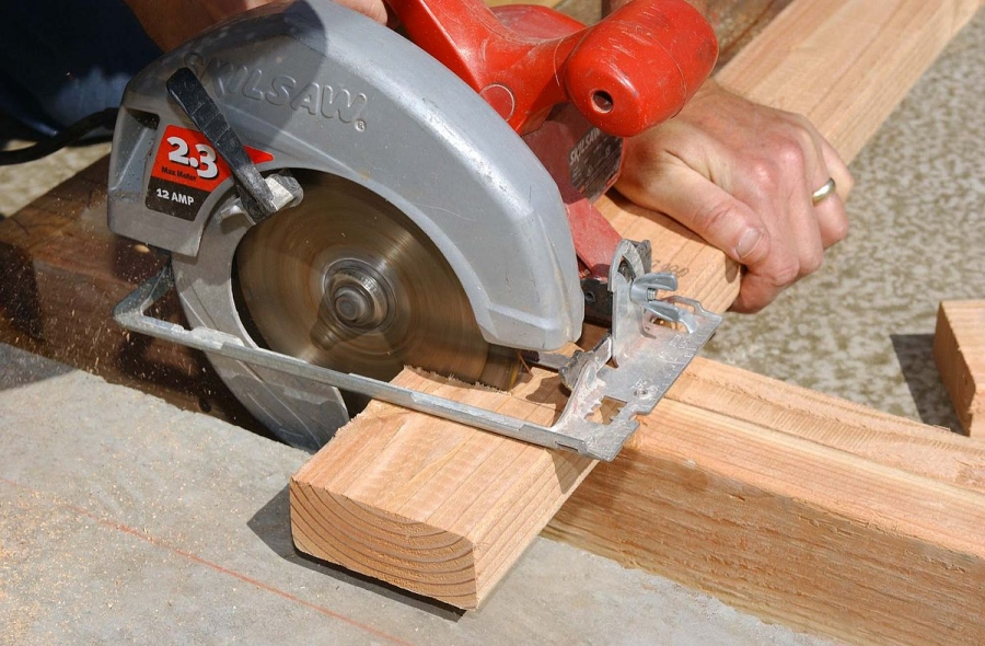 Tips and Techniques To Use The Circular Saw Efficiently