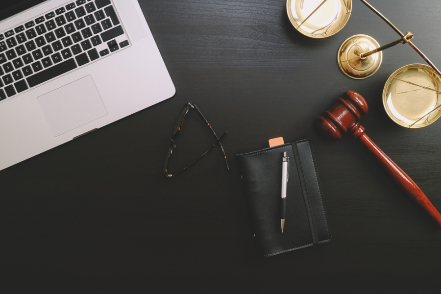 When To Call A Railroad Lawyer and When Not to